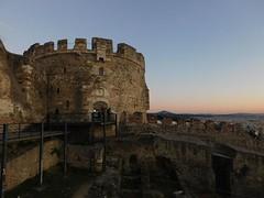 Walls of Thessaloniki (Spotter_CY) Tags: θεσσαλονίκη thessaloniki ruins fortress greece dusk sunset salonica makedonia grece grecia hellas macedoniagreece timeless macedonian macédoine mazedonien μακεδονια македонија