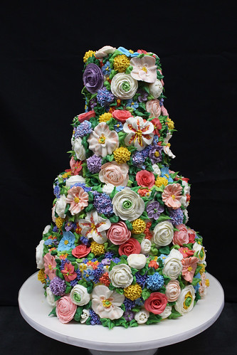 Garden Buttercream Flowers Wedding Cake