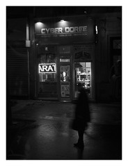 cyber dorée (objet introuvable) Tags: blackandwhite bw noiretblanc nb street streetview night nuit paris light shadow contrast ombres lumière city lumixgx8 panasonic lumix pluie rain monochrome urban