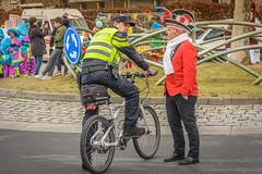 overleg (stevefge (away travelling)) Tags: 2018 beuningen carnaval carnival winter people candid police bicycles bikes fiets street nederland netherlands nl nederlandvandaag gelderland reflectyourworld