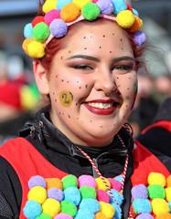 Eschweiler, Carnival 2018, 084 (Andy von der Wurm) Tags: karneval kostüm costume carnival mardigrass eschweiler 2018 kostüme kostueme nrw nordrheinwestfalen northrhinewestfalia germany deutschland allemagne alemania europa europe female male girl teenager smiling smile lachen lächeln lustforlife groove portrait lebensfreude verkleidung verkleidet dressed bunt colorful colourful karnevalsumzug karnevalszug carnivalparade andyvonderwurm andreasfucke hobbyphotograph funkenmarie funkenmariechen