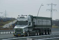Scania T580 V8 Topline | Van Triest (NL) (Wawrzyn) Tags: hollandstyle holland truck truckspotting scania v8 passion torpedo