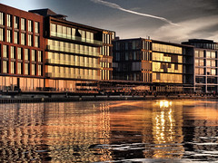 Wintermorgen am Stadthafen von Münster (alterahorn) Tags: münster wintermorgen winter architektur sonnenaufgang olympus olympuspenf penf mzuiko mzuiko1442mm pancake stadthafen