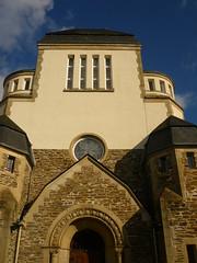 Westfassade (Jörg Paul Kaspari) Tags: wittlich synagoge ehemalige wittlicher eifel moseleifel eingang westfassade aufstrebend