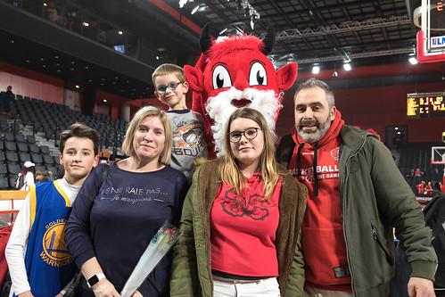 Supporters et Jiki - ©ChristelleGouttefarde