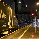 Into the rain: Class 800 Intercity Express Train (IET) 800022 at Cardiff Central thumbnail