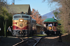 Swingin' off at St. Helena (CN Southwell) Tags: napa valley wine train alco fa fpa4 california
