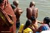 Holy bath, Dashaswamedh Ghat, Varanasi (Sekitar) Tags: uttar uttarpradesh india inde varanasi benares ganga ganges river riverside holy bath dashaswamedh ghat earthasia