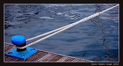 Diagonal (cienne45) Tags: diagonal corda ormeggio mooring rope carlonatale cienne45 natale genoa italy