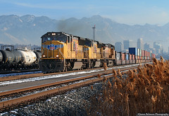 The 'Transfer Stacks' (jamesbelmont) Tags: unionpacific iscog northyard saltlakecity emd sd70m containers wasatch