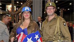 DCCWE 2017 - 030 (mchenryarts) Tags: cosplay booth boy captainamerica comic comicaction comics con convent convention costume costumes drawing entertainment event exhibition fair fantreffen fotojournalismus jaarbeurs kostuem kostueme man messe model niederlande people photojournalism portraits posing spielemesse tradefair utrecht workshops
