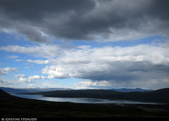 20160612_17 Varying light over lake | Near Glitterheim, Norway (ratexla) Tags: ratexla'snorwaytrip2016 norway 12jun2016 2016 canonpowershotsx50hs norge scandinavia scandinavian europe beautiful earth tellus photophotospicturepicturesimageimagesfotofotonbildbilder europaeuropean summer travel travelling traveling norden nordiccountries roadtrip wanderlust journey vacation holiday semester resaresor landscape nature scenery scenic ontheroad sommar norwegian mountain mountains fjäll norska fjällen glitterheim lake water sjö heavy grey rain cloud clouds moln regnmoln sky gsgsgs favorite