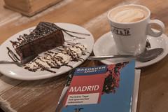 Café & Té (michael_hamburg69) Tags: calledelcarmen madrid comunidaddemadrid spanien es spain españa espagne break pause kaffee kuchen café coffee chocolate cake pastry