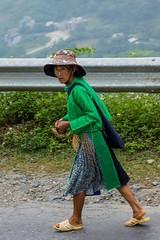 Pracovitá horalka (zcesty) Tags: vietnam23 silnice domorodci vietnam dosvěta hàgiang vn