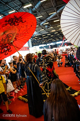Japan Expo 2017 4e jrs-170 (Flashouilleur Fou) Tags: japan expo 2017 parc des expositions de parisnord villepinte cosplay cospleurs cosplayeuses cosplayers française français européen européenne deguisement costumes montage effet speciaux fx flashouilleurfou flashouilleur fou manga manhwa animes animations oav ova bd comics marvel dc image valiant disney warner bros 20th century fox star wars trek jedi sith empire premiere ordre overwath league legend moba princesse lord ring seigneurs anneaux saint seiya chevalier du zodiaque
