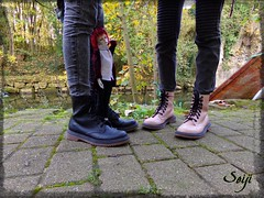 A new video coming soon... (Seiji-Univers) Tags: seijiunivers seiji bjd doll poupée balljointeddoll resin boy male man msdboy dollzone freddy2 vampire devil horns daemon goth gothic luxembourg vlog voyage trip travel day river water nature autumn automne fall human real irl twins jumelles shoes feet standing joe ignatius iggy redhead boots toys