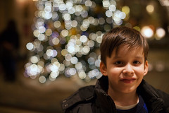 (DhkZ) Tags: christmas christmaslights lights bokeh christmastree canoneos5d2 nikon50mmf12ais 50mm f12