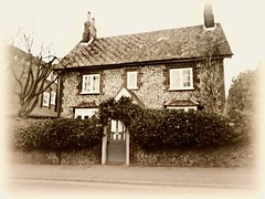 Ye Olde Country Cottage* (John(cardwellpix)) Tags: saturday 17th february 2018 country cottage guildford surrey uk