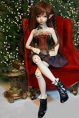 Happy Holidays! (NoNoNanoon) Tags: bjds ph photography holidays christmas bjdphotography minifee fairyland elves lotr manga ginger owls athena dolls toys japan korea superdollfie peakswood peakswoodgoldie