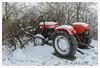 Al lavoro sempre (Outlaw Pete 65) Tags: alberi trees rami branches trattore tractor inverno winter neve snow lavoro work colori colours nikond600 sigma35mm brescia lombardia italia