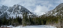 Tuckerman Ravine, Mount Washington, New Hampshire (jtr27) Tags: dscf633537xl jtr27 fuji fujifilm xtrans xf 1855mm f284 rlmois lm ois kitlens kitzoom tuckerman ravine tucks backcountry mountwashington newhampshire nh hike hiking winter snow whitemountains mount washington mt