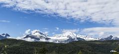 Mount Tantalus (giloudim) Tags: canada britishcolumbia vancouver montagnes whistler forêt blanc ciél nuages bleu
