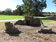 Baymor Reserve - North East Rd, Modbury (RS 1990) Tags: adelaide teatreegully modbury valleyview southaustralia northeastrd friday 19th january 2018 stone fireplace baymorreserve