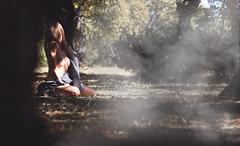 (Elisabet Navarro Hernández) Tags: exterior retratos retrato desnudo selfportrait artístico arte otoñal atardecer photography autorretrato humans nude autumn surrealismo surrealista curves surrealism boudoir natural capture inspirational inspiration onirico portrait fotografíaencolor portraits photographer photo photos fotografías bosque