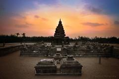 Shore Temple, Mahabalipuram, Tamilnadu , India (Suresh V Raja) Tags: shoretemple mahabalipuram sunrise dawn colors sky clouds nikon suresh chennai tamilnadu india sureshcprog sureshphotography d5300 travel landscape