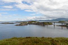 Atlantic Road (Hilde Carmans) Tags: noorwegen juli norway europe bridge riverbank road sea water mountains hill