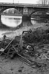 All washed up. (salvtecmarine) Tags: greenock glasgow dumbarton scotland scottish bike junk scrap rusty rust mer sea bridge boat clyde river