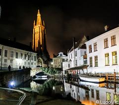 A night in Bruges (20) (Lцdо\/іс) Tags: brugge bruges belgique belgium belgie beauty night nightcity citytrip city voyage travel church cathédral lцdоіс flandre flamande région vlaams trip chocolate