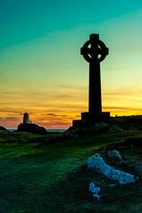 Tree and sun (Tony Shertila) Tags: europe britain wales anglesey ynysllanddwyn island sunset cross silhoette lighthouse grass sky outdoor rhosyrcommunity unitedkingdom gbr