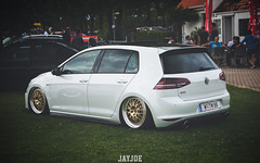 LOW FAMILIA MEET 2017 (JAYJOE.MEDIA) Tags: vw golf mk7 gti volkswagen low lower lowered lowlife stance stanced bagged airride static slammed wheelwhore fitment bbs bbswheels