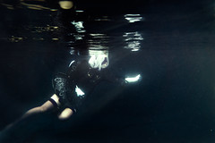 NieR:Automata - 2B (bdrc) Tags: 2b apsc nier a6000 alpha alphauniverse asdgraphy automata casing corver cosplay floating girl kitlens meikon naturallight people pool portrait salt selp1650 single solo sony sonyalpha sonyimages sonyphotography underwater water waterproof workaround