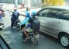 Uber motorcycle version (D70) Tags: hochiminhcity hochiminh vietnam sony dscrx100m5 ƒ40 166mm 1125 125 uber motorcycle version green blue helmets taxi rider