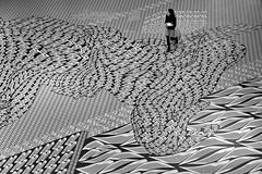 "carpet  ""i Phone meets Japan"" (heinzkren) Tags: mak wien vienna exhibition ausstellung teppich kunst ornament musterzeichner schwarzweis blackandwhite bw sw monochrome panasonic lumix urban candid street streetphotography museum museumfürangewandtekunst art craft artwork kunstwerk pattern muster contemporary indoor woman frau"