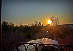 2018-02-22 sunset (3)f (april-mo) Tags: sunset coucherdesoleil nord france villerscampeau trees baretrees orange branches roof