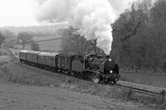 31806 SR 'U' Class 4-6-0 (Roger Wasley) Tags: 31806 sr uclass 460 swanagerailway southernrailway steam locomotive trains railways mono monochrome blackandwhite heritage