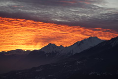 Sunset (Svend RS) Tags: sonyilce7m2 sonya7 alpha a7m2 90mm sel90m28g shorttelephotolens telephoto telephotolens sunset alps mountain cloud