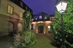 Musée Bartholdi - Colmar (hervétherry) Tags: france grandest alsace hautrhin colmar canon eos 7d efs 1022 musée bartholdi heure bleue nuit statue