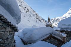 Quand la neige s'accumule (AnneLise Pollet) Tags: montagne village église savoie maurienne bonnevalsurarc neige snow hiver winter