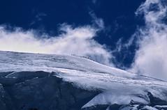 Gipfeltreffen (Elmar Egner) Tags: montblanc chamonix france summit mountains mountaineer nikon f60 slide film