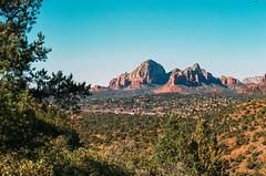 Sedona, AZ (aTROSSity 22) Tags: atrossityphotography photosbytylerross tylerrossphotographer originalphotography filmphotography 35mmfilm portra portra800 kodakportra thefilmcommunity kodakfilm arizona sedona desert hiking