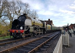 2018 0212 509 (SGS8+) Bluebell Railway; Sheffield Park (Lucy Melford) Tags: samsunggalaxys8 bluebell railway steam train departing southern sheffield park