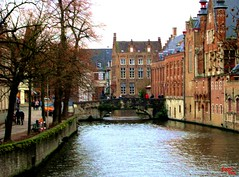 Tra i canali - Between the channels (rocco944) Tags: rocco944 bruges belgium cannonpowershota2200