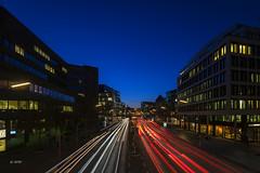 Lichtspuren zur blauen Stunde (hph46) Tags: hamburg nachtaufnahme willybrandtstrase deutschland germany lichter lichtspuren langzeitbelichtung blauestunde sony alpha7r canonef1635mm14lisusm