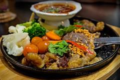 Sizzling Thai BBQ Beef (zol m) Tags: beefbbq sizzlingbbq thaibbq thaifood food goodfood klickr primelens fujinon xpro2 fujifilm zolsimpression zolmuhd