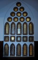 Astorga (León). Palacio Episcopal de Antonio Gaudí. Ventana (santi abella) Tags: astorga león castillayleón españa palacioepiscopaldeastorga antoniogaudí arquitecturamodernista