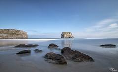 Playa de Ballota (Urugallu) Tags: ballota asturias playa mar cantabrico cielo nubes luz color rocas reflejos urugallu joserodriguez canon flickr 70d llanes